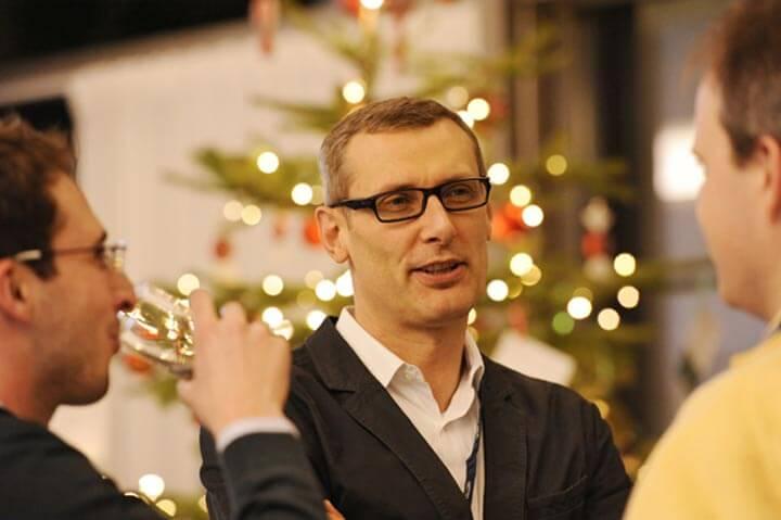 Netzwerken mit Weihnachtsbaum und mehr