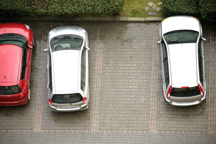 Continental übernimmt Parkplatz-Startup