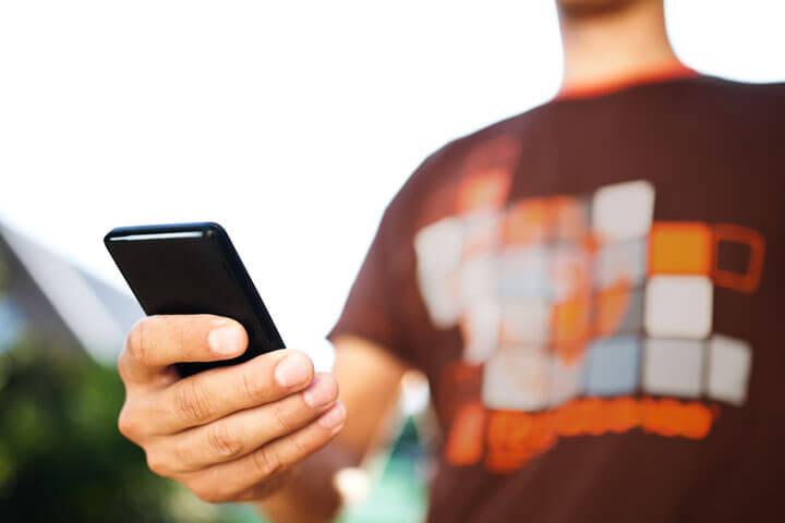 Mitarbeiter kommunizieren mit Quiply schnell & einfach