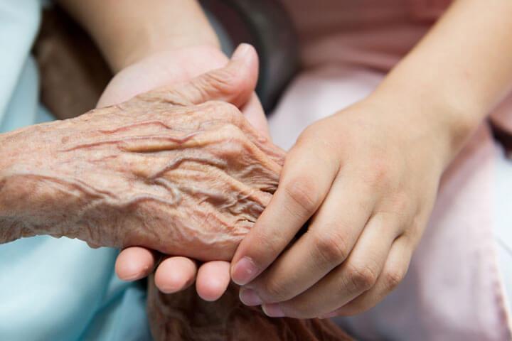 Pflegehilfsmittel in der (kostenlosen) praktischen Abobox