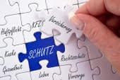 vera organisiert Versicherungen, Verträge und die Geburtsurkunde