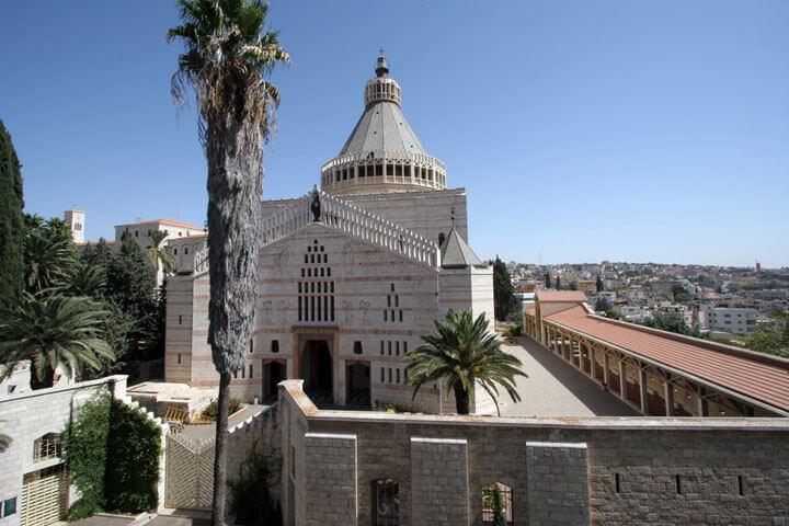 Good Morning, Tel Aviv – Good Evening, Nazareth!