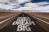 """""""Arbeite hart an der Idee, pflege die Vision"""""""