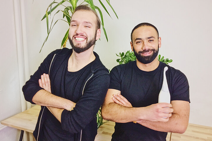 HappyPo: Zwei Berliner glauben an die Po-Dusche