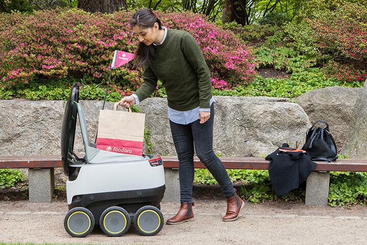 Foodora liefert jetzt mit kleinen Robotern aus