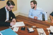 Großhandelsfirma investiert in Praxisverwaltung pododesk