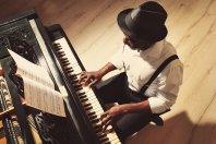 Ein Startup, das Klavierräume und Konzertsäle vermittelt