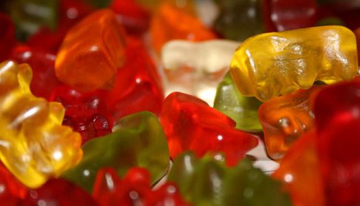 Für\'n Groschen Brause – Gummibärchen, Schaumzucker und Brausestäbchen erobern das Netz