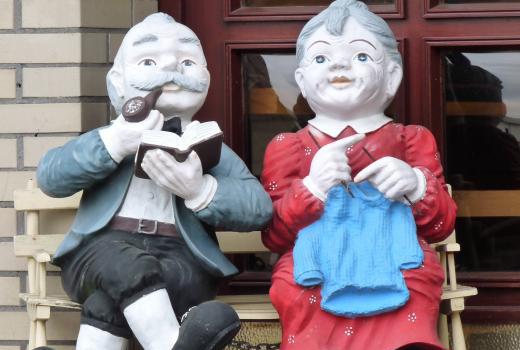 Zieht euch warm an: Die strickenden Omas kommen!