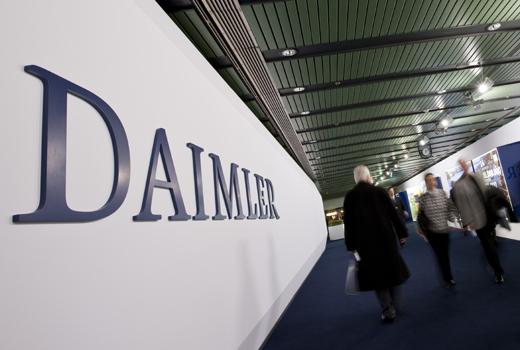 Wie sich Daimler mit Hilfe von Start-ups wie Tiramizoo, carpooling und myTaxi zum Mobilitätskonzern wandelt