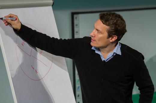 """Horst Albach, der WHU-Prof, der Oliver Samwer """"ziemlich viel Geld"""" in die Hand gab"""
