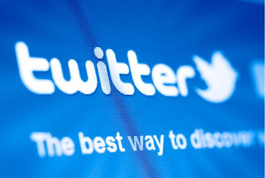 Jetzt @SeraAndroid, @Nero, @leidartikel, @WSJGruender und @MasoudMassi folgen