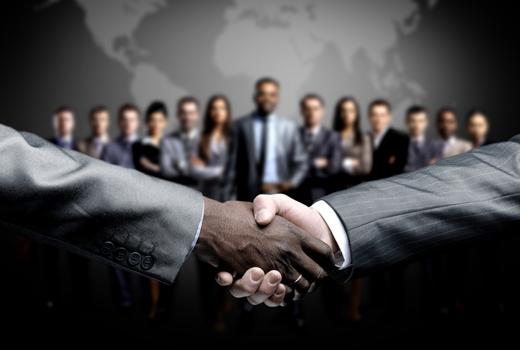Vertrauensbildung: Kommunikation statt Koffersets