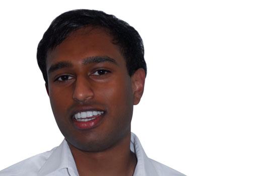 """""""Macht die Kalkulationen für alle Teammitglieder sichtbar"""" – 15 Fragen an Jeshurun Devendraraj von Clevoo"""