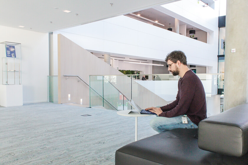 Digitale Leute - Tobias Röver - Microsoft - Tobias kann in seinem Job arbeiten wo er will.