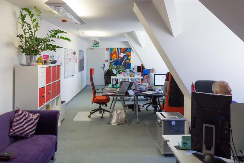 Digitale Leute - Stephan Schmidt - eventsofa - Das Büro von Eventsofa, in dem Stephan Schmidt als Interims-CTO arbeitet.