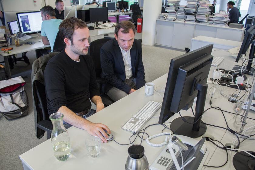 Digitale Leute - Michael Schultheiß - Zeit Online - Anhand der Moderationsoberfläche erklärt Michael Schultheiß, Leiter der Entwicklungsredaktion, wie sein Team arbeitet.