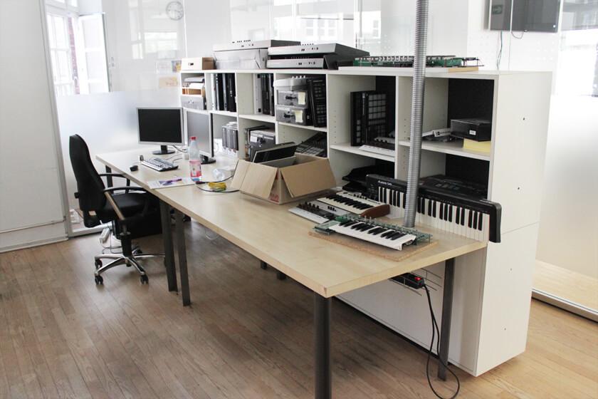 Digitale Leute - Steffen Dierolf - Native Instruments - Testgeräte und verschiedene Versionen
