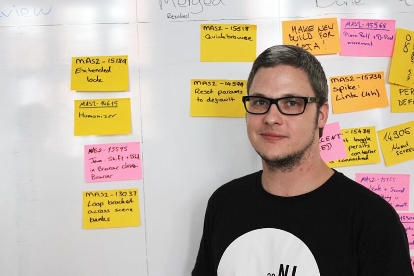 Digitale Leute - Steffen Dierolf - Native Instruments - Notizzettel sind Steffens wichtigstes Arbeitsmittel