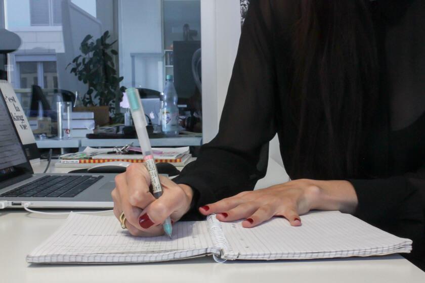Digitale Leute - Marimar Hollenbach - Project A - Der Block ist für Marimar ein wichtiges Arbeitsmittel.