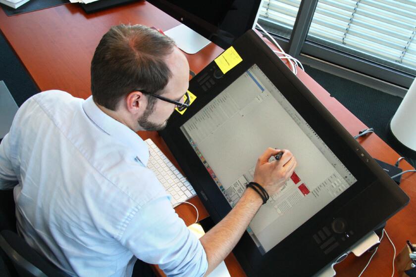 Digitale Leute - Michael Stache - Scanbot - Das Wacom Cintiq gehört fest in seinen Arbeitsalltag