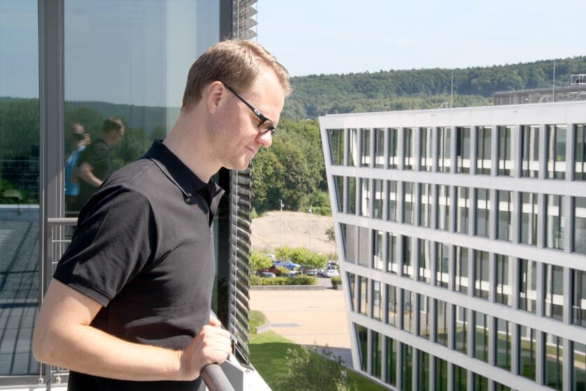 Digitale Leute - Hendrik Neumann - Chefkoch - Hendrik auf der Terasse