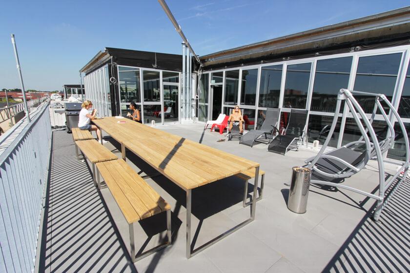 Digitale Leute - Christian Dommers - Eyeo GmbH - Auf der Dachterasse ist es im Sommer heiß