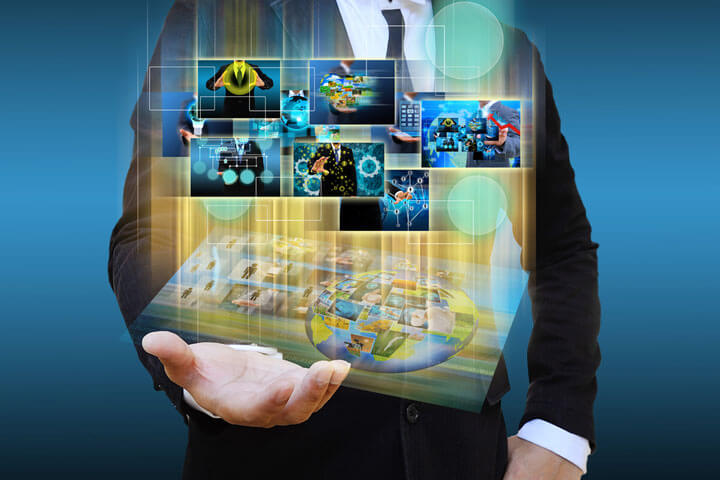 """""""Selbst digital sein, bevor man Digitales fördern möchte"""""""