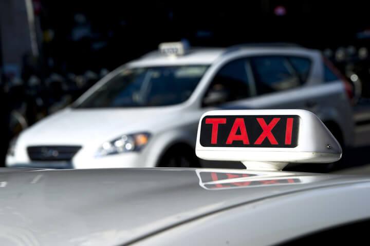 Taxi? Nee, lieber flinc einen Lyft Uber WunderCar
