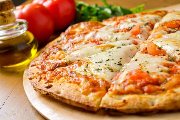 Lieferheld vernascht nun endlich Marktführer pizza.de