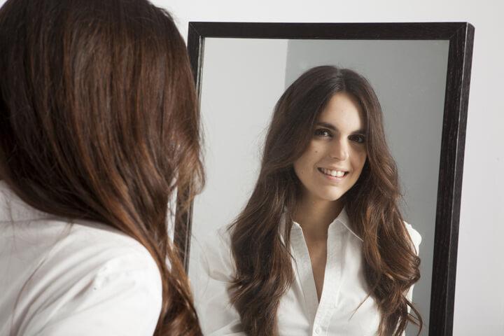 Gründerinnen, bitte verabschiedet euch vom Spiegel!