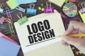 Logodust – kostenlose Logos (nur) für Startups
