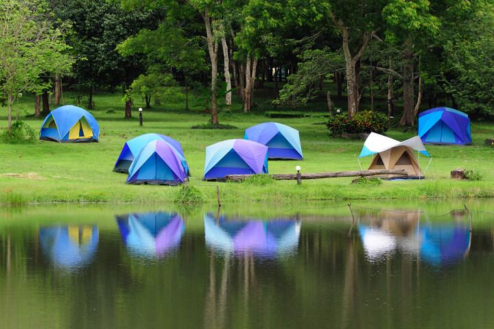 Jetzt geht's um den Campingplatz! get a camp vs. Campday