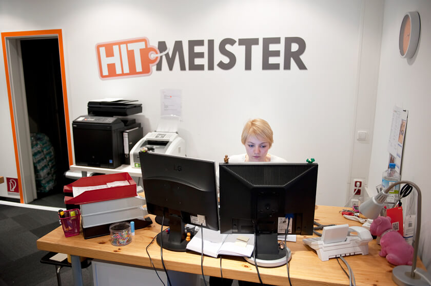 Inside Hitmeister - Mansur Iqbal - Software Developer - Empfang