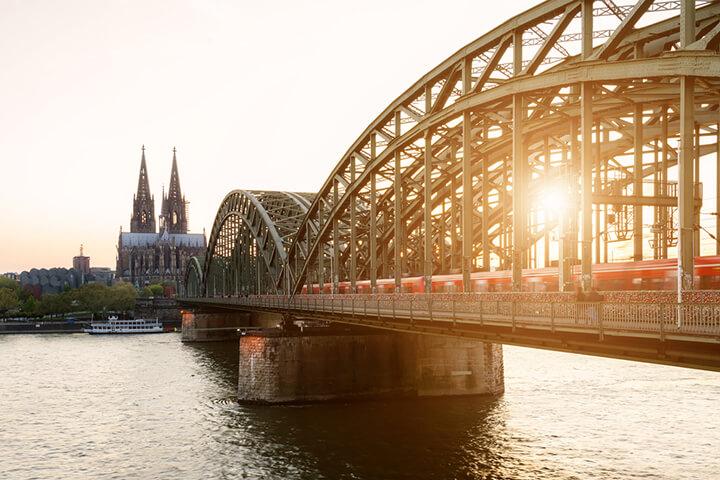 Cherry liebt Köln – und investiert in Homelike und miamed